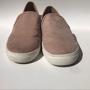 🛍3 for $30 DV by Dolce Vita Suede Slip Ons